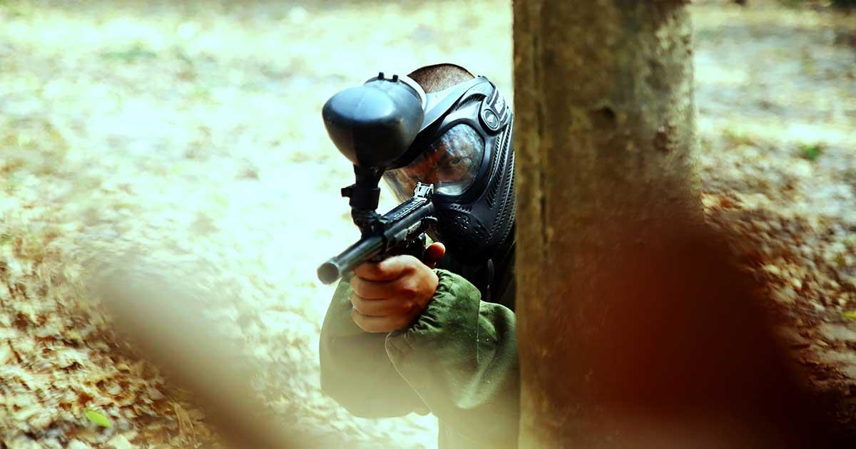 Aktyvus laisvalaikis: ginklai airsoft / šratasvydžio pramogos