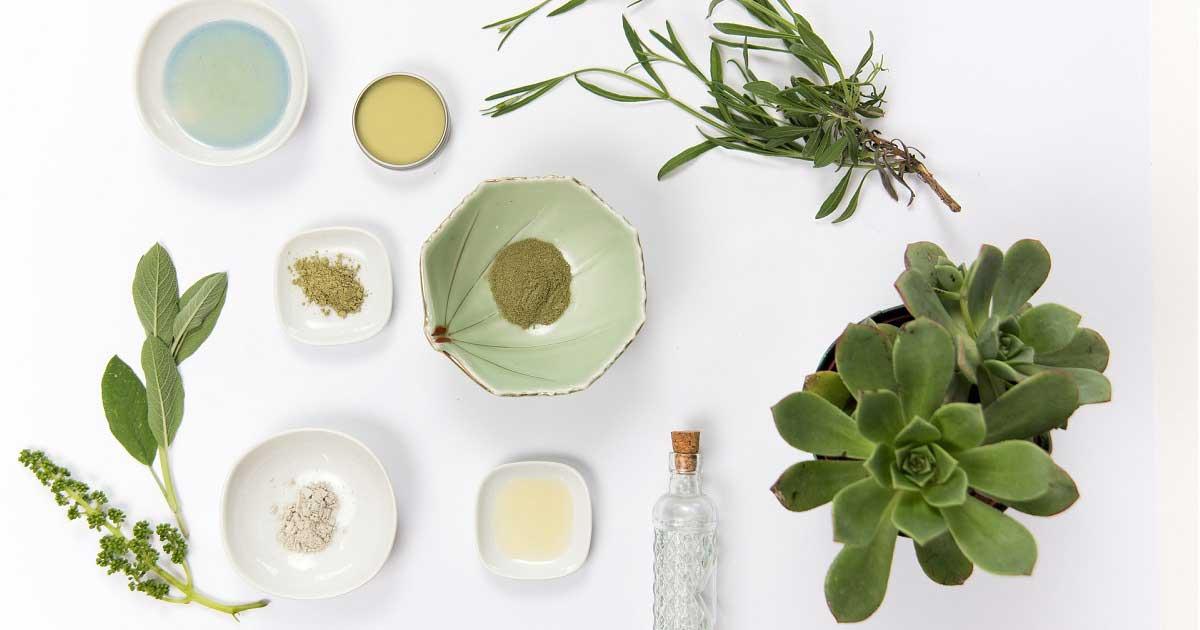 Odos priežiūros priemonių ingredientai: Kaip nepasiklysti?